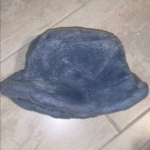Fuzzy light blue luxury hat